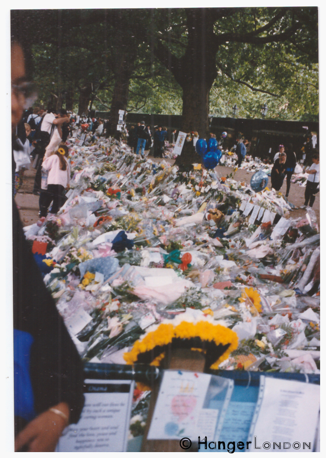 Floral tributes , mourning Princess Diana, along the mall , past St James Palace on the way to Buckingham Palace September 1997