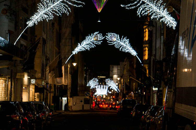 Archway of feathers New Bond St christmas lights