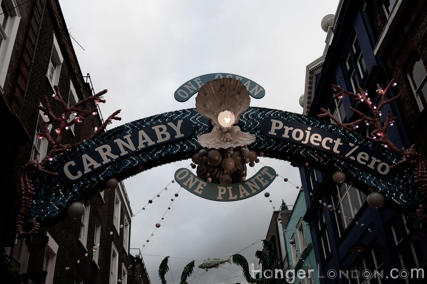Carnaby St Winter one planet message